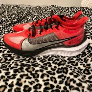 Nike Zoom Gravity University Red Rnning Shoes
